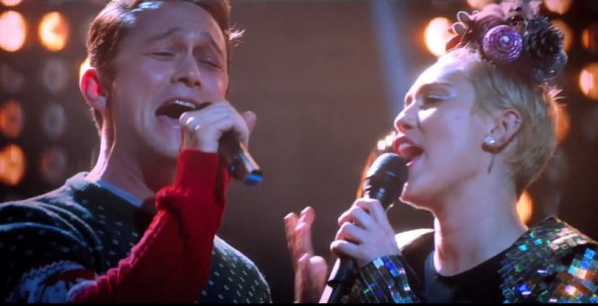 "I may or may not have completely fangirl-ed over Joseph Gordon-Levitt singing ""Wrecking Ball"""